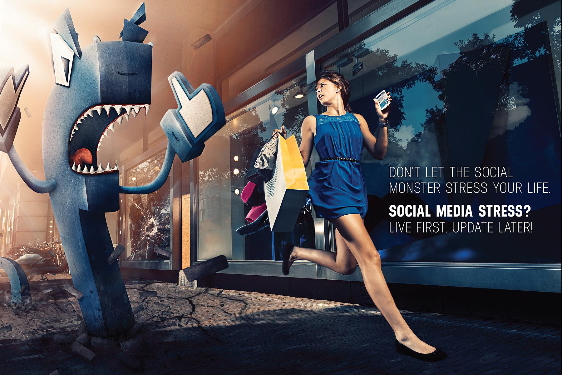 SMS-Facebook